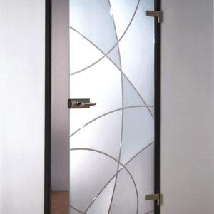 Матовая межкомнатная дверь с узором