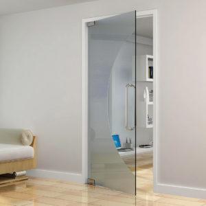 Полупрозрачная межкомнатная дверь из стекла