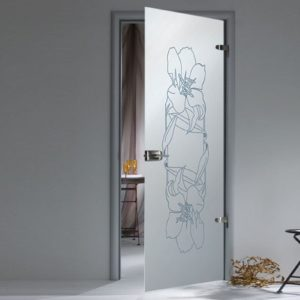 Стеклянная дверь с цветочным орнаментом